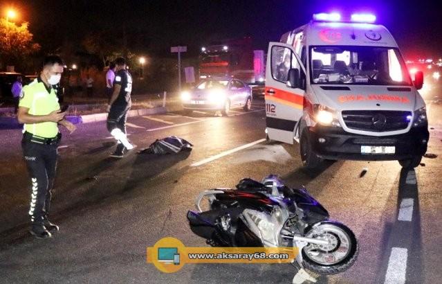 otomobil-motosiklete-carpti-1-olu-13569073_osd.jpg